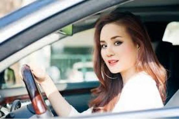 học lái xe b1 số tự động chất lượng