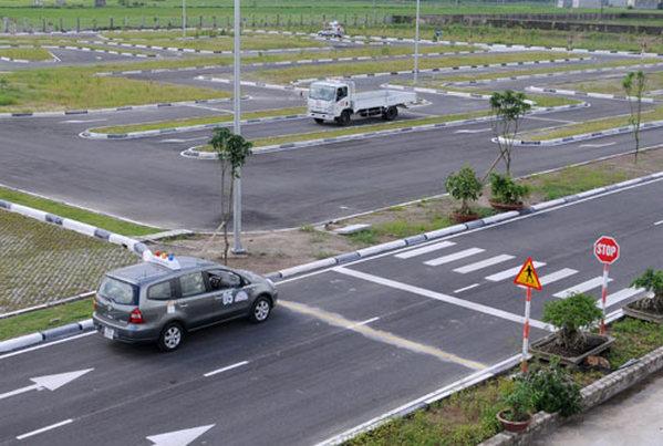 trung tâm dạy lái xe b1 uy tín
