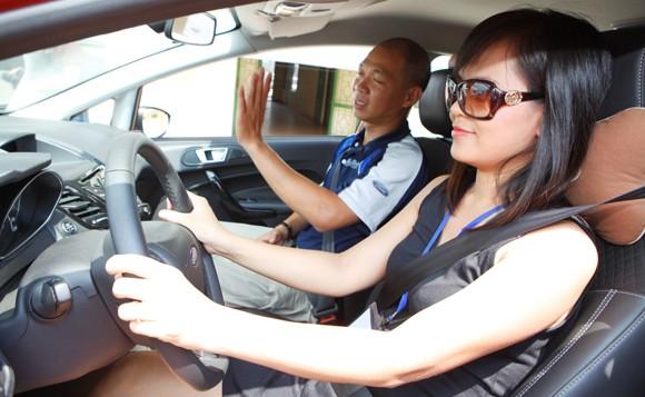 học lái xe b2 chất lượng tại trung tâm sbv