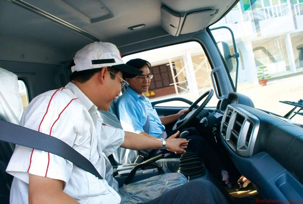 học lái xe ô tô quận hà đông