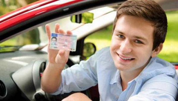 đào tạo lái xe ô tô tại Hà nội